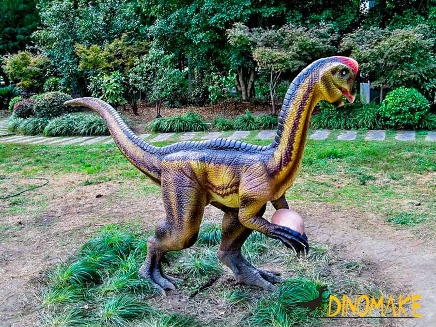 Animatronic Oviraptor for park decoration