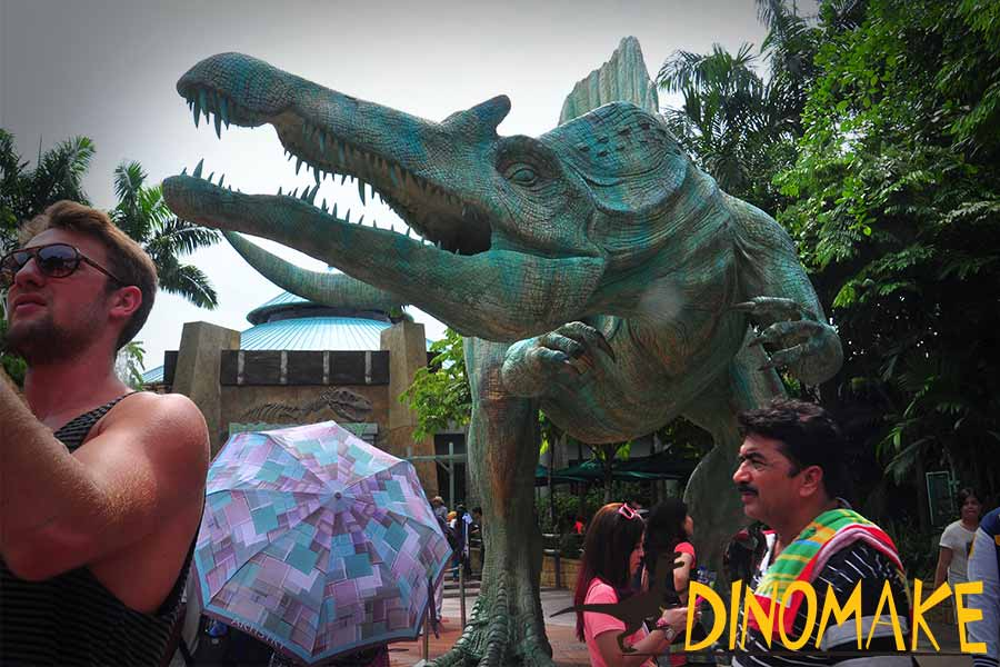 Spinosaurus statue in water park