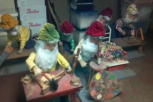 Animatronic dolls for display