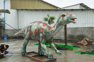 Animatronic Maiasaura