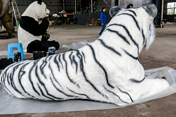 Animatronic White Tiger