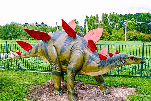 Stegosaurus-statue