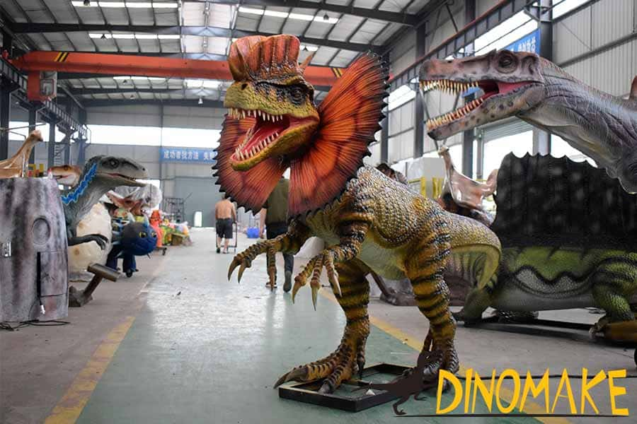 Animatronic Dilophosaurus for Amusement Park