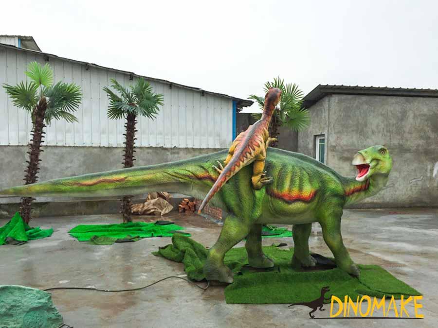 Animatronic Raptor hunting Iguanodon