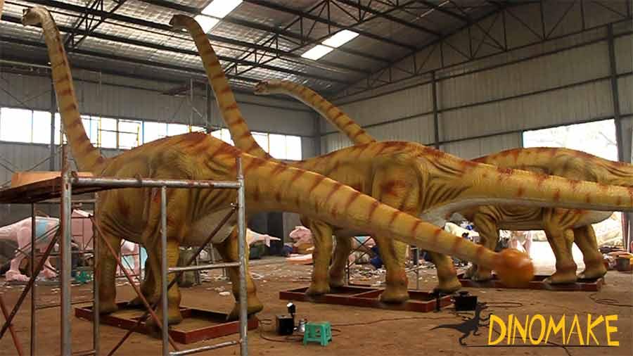 Animatronic-Omeisaurus testing in factory
