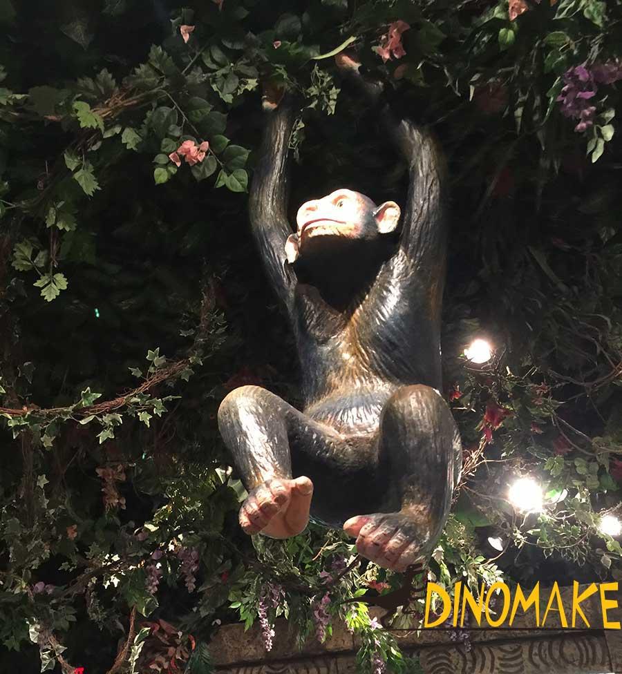 Animatronic monkey in theme restaurant