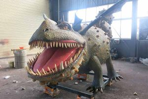 Gronckle dragon animatronic