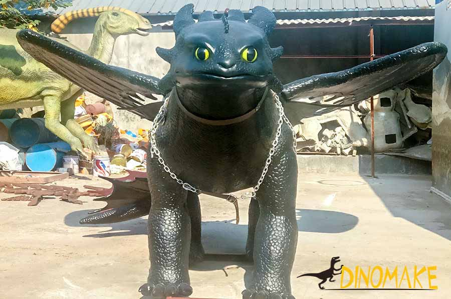 Animatronic toothless dragon