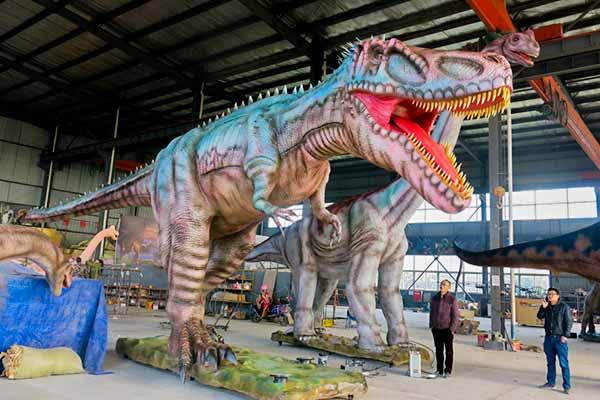 Animatronic Giganotosaurus