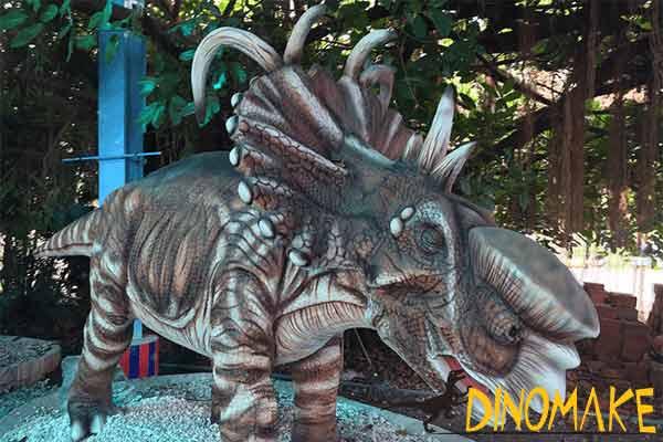 Styracosaurus in park