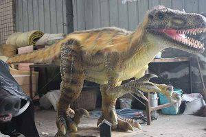 Velociraptor statue