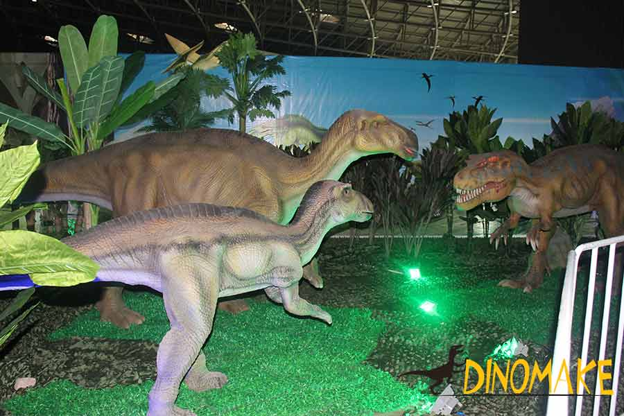 animatronic-dinosaur-at-night