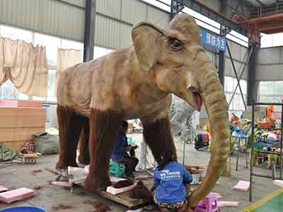 animatronic mammoth on fur sticking