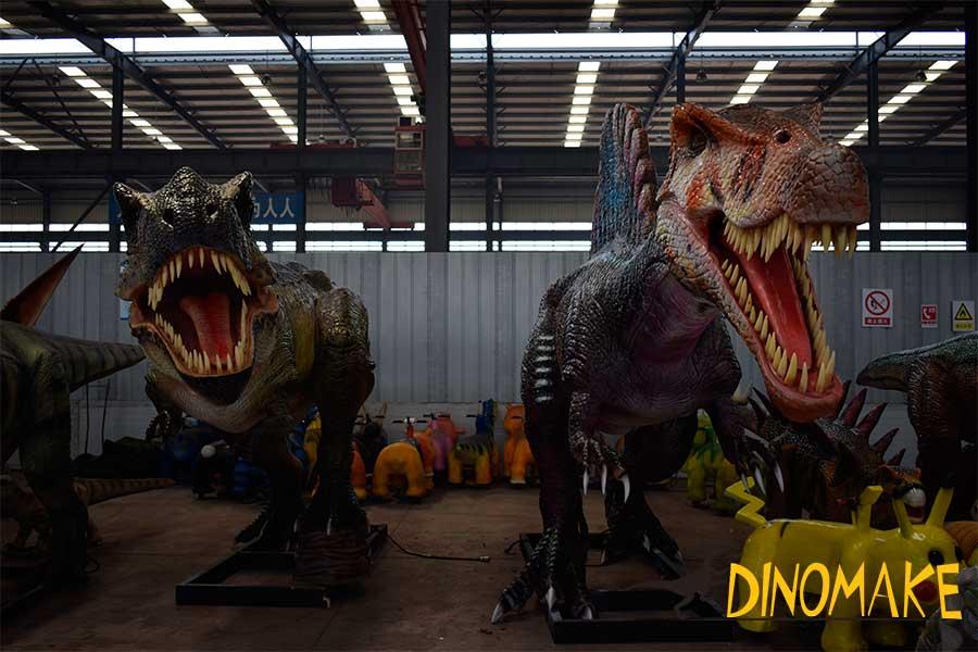animatronic t-rex and spinosaurus