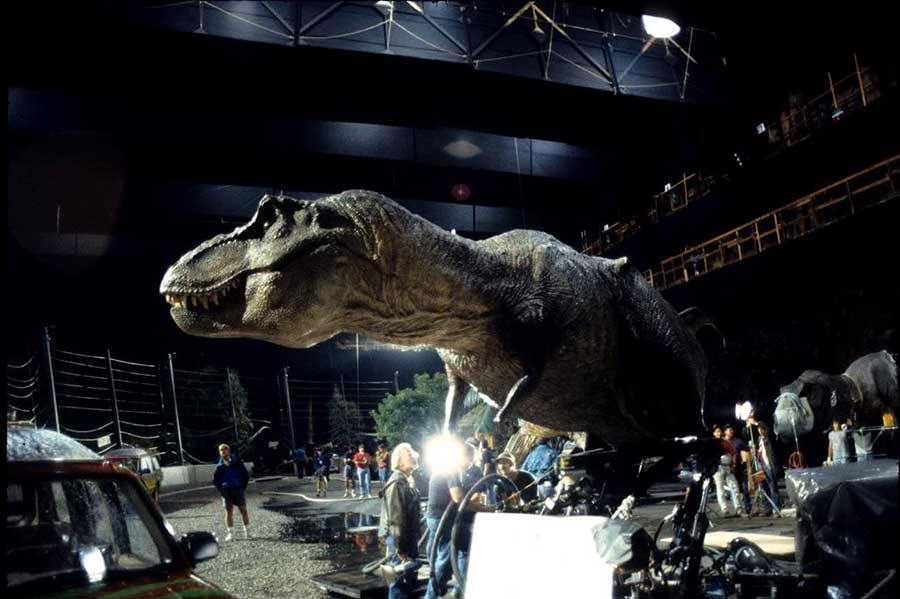 animatronic t-rex in the film