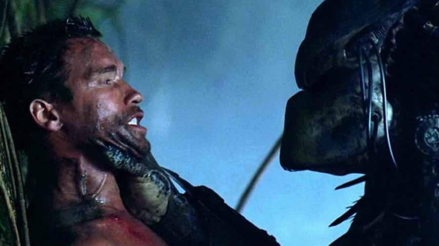 Arnold Schwarzenegger vs Predator