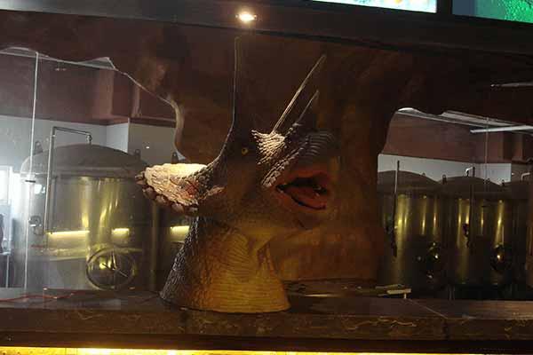 dinosaur-theme-restaurant