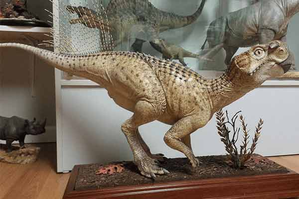 fiberglass-dinosaur-for-home-decoration