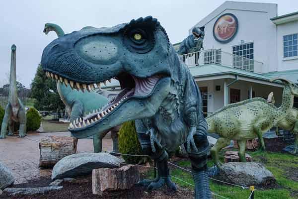 fiberglass-dinosaur-for-hotel