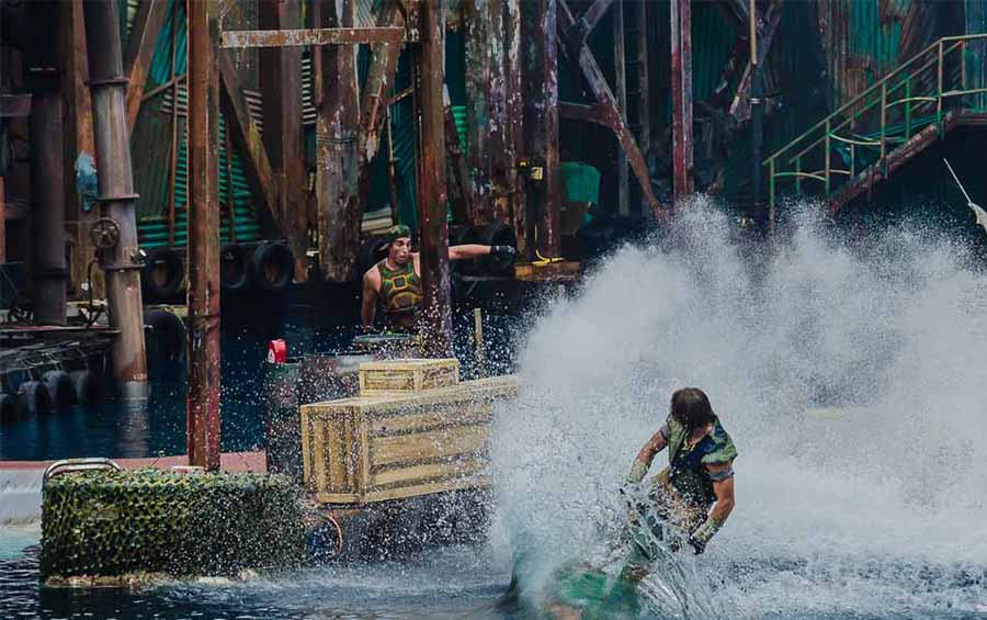 Universal-Studios-Singapore-WaterWorld
