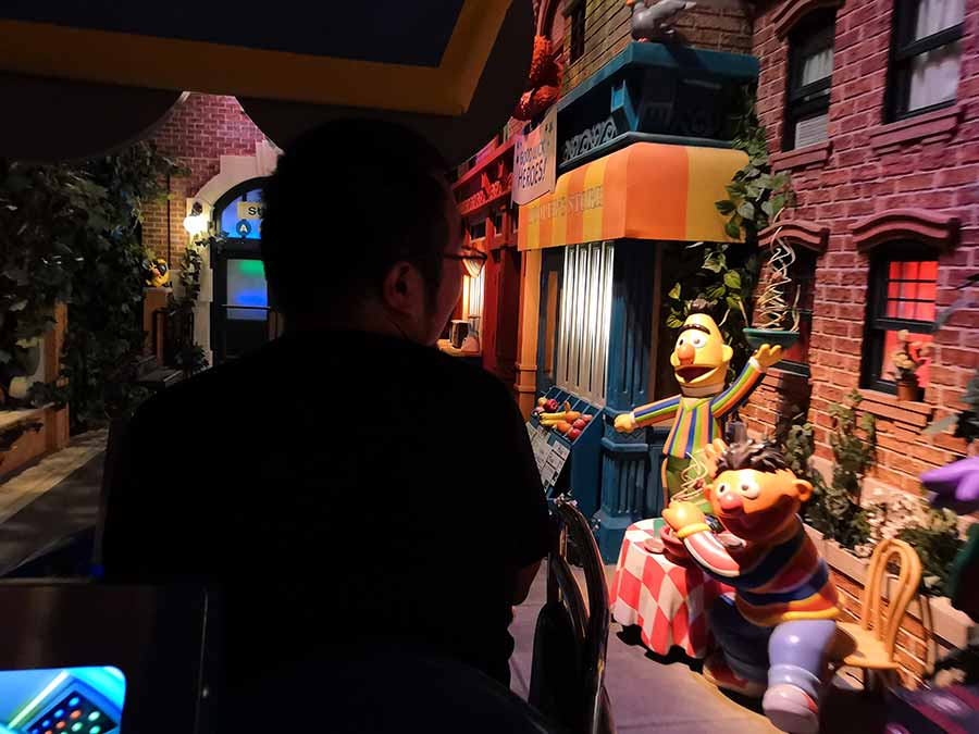 Lovely animatronics in Sesame Street