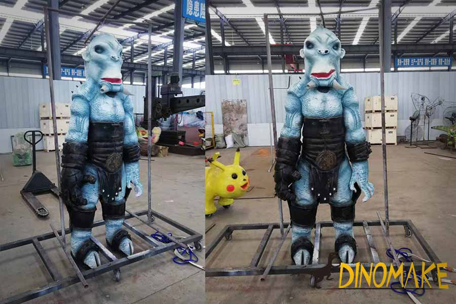 Mr.Wink-animatronic-suit