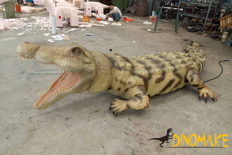 animatronic alligator