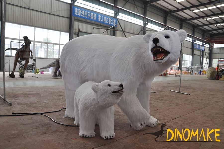 animatronic bear model