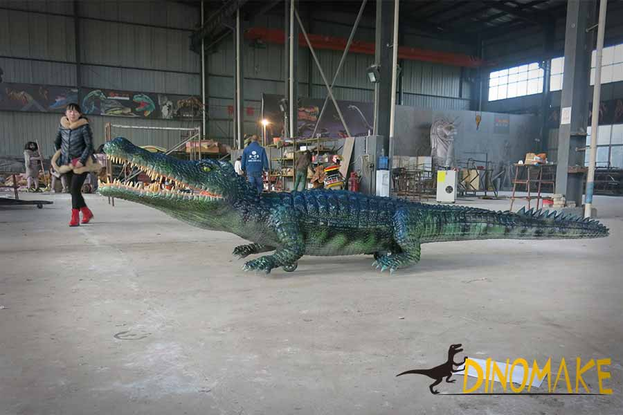 crocodile animatronic