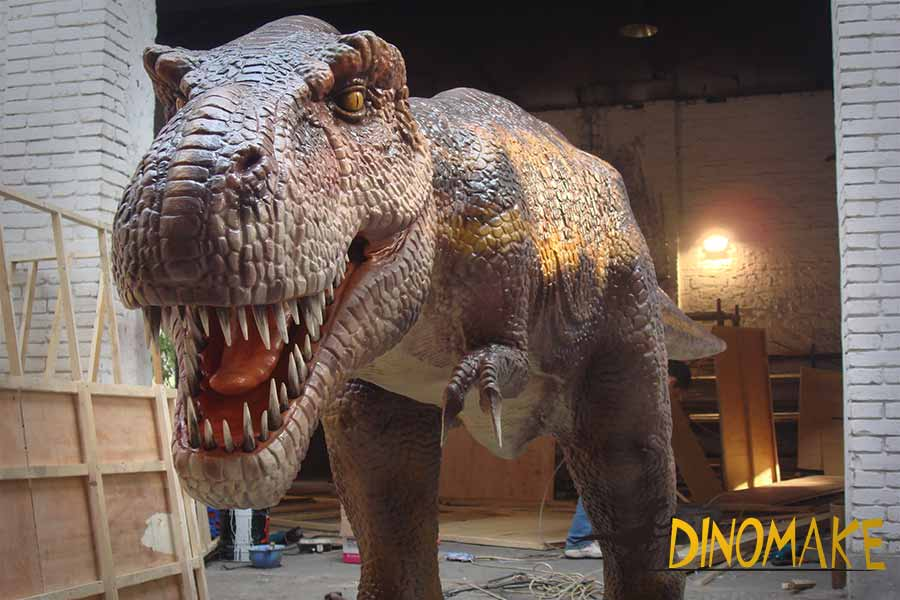 realistic t rex statue