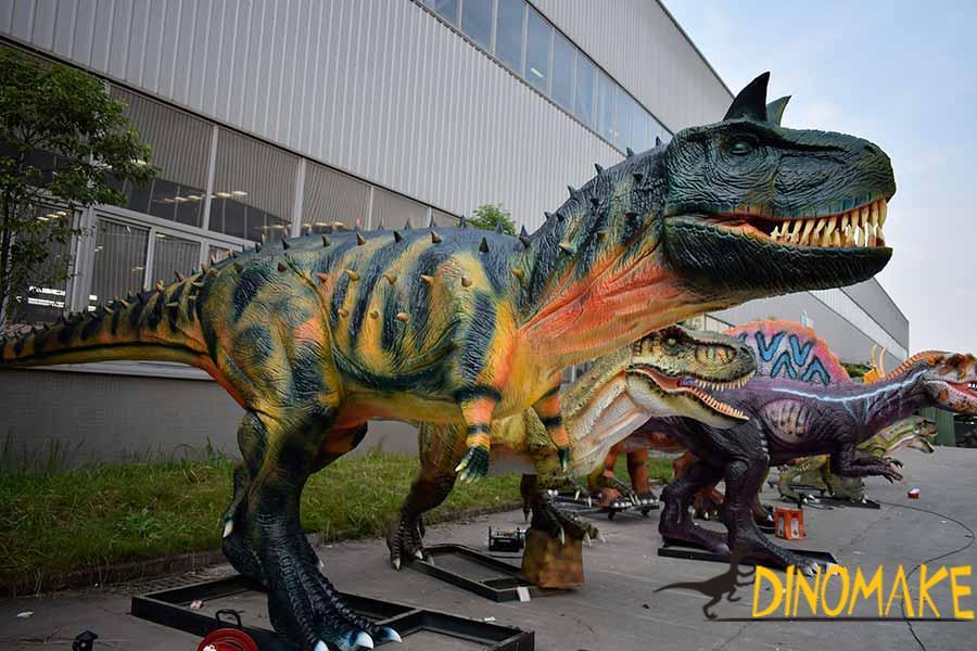 animatronic Carnotaurus