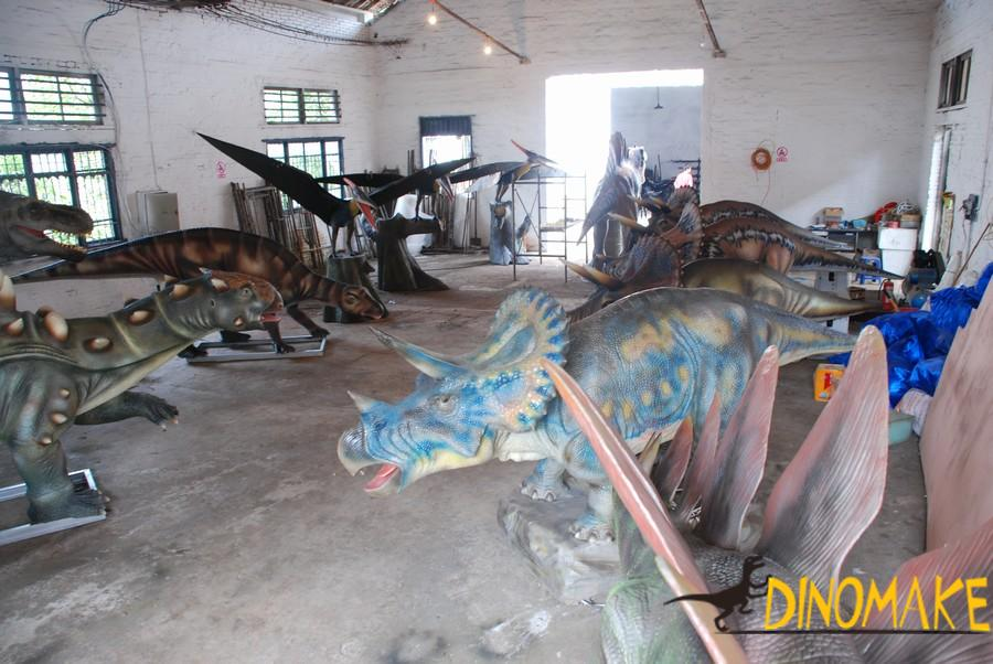 Animated Dinosaur Theme Park facility in Canada