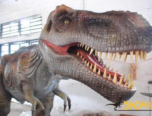 Animatronic Dinosaur Theme Park facility in Canada