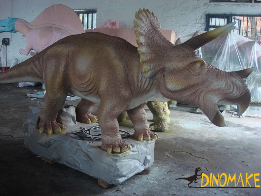 Animatronic Dinosaur Sculpture in Wetland Park