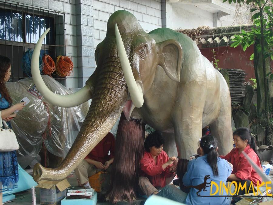 Animatronic animal for creating attractions - elephant