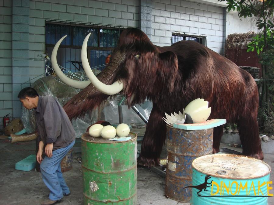 Animatronic animals for creating attractions - elephant