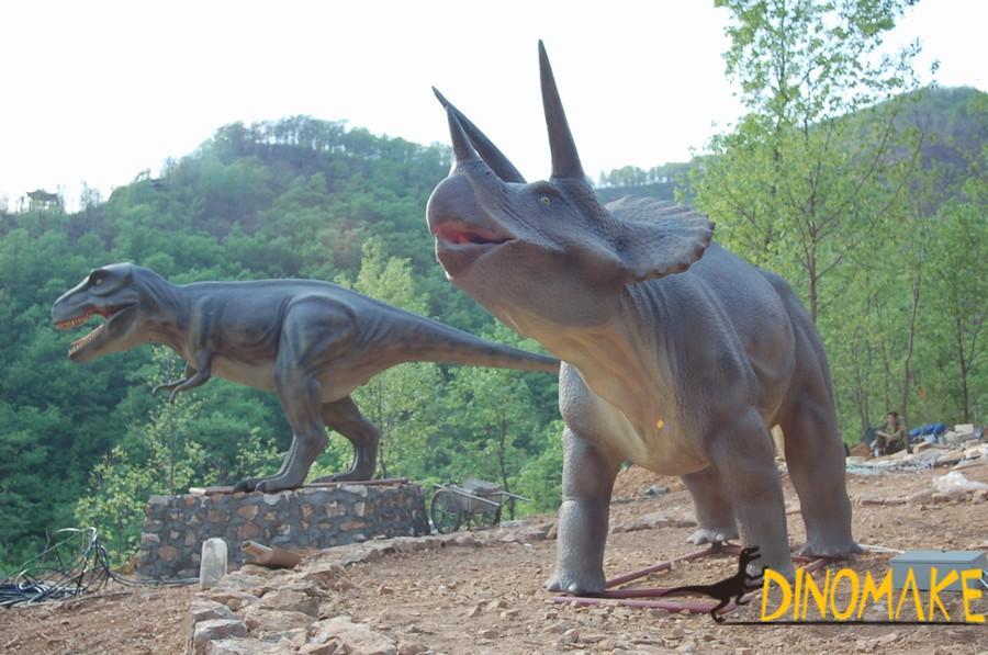 Animatronic dinosaur products to Jurassic Park