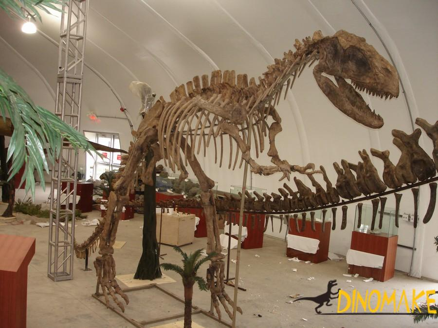 Animatronic dinosaur sculpture for sale