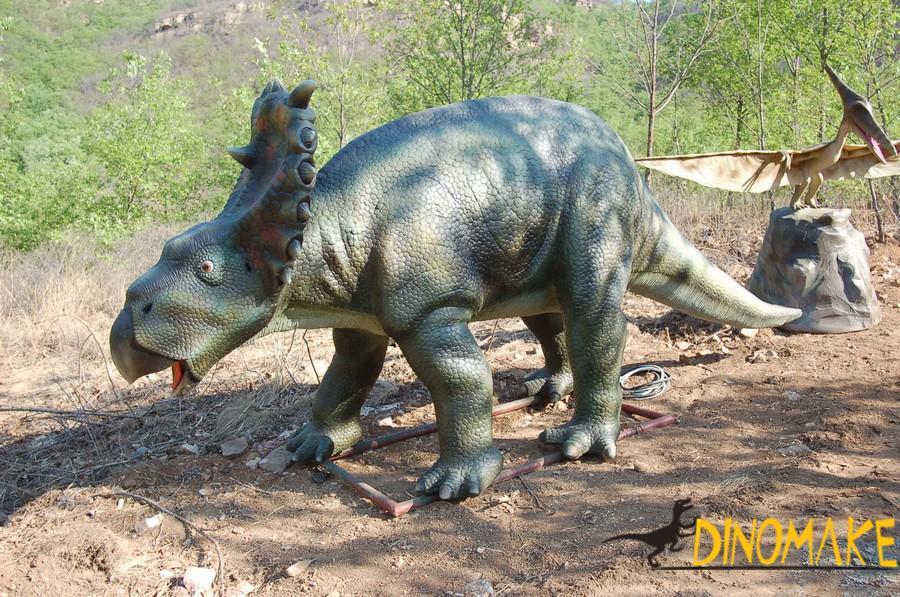 Animatronic dinosaurs model making factory