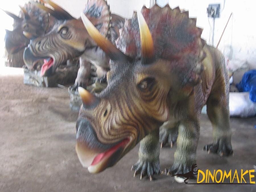 Dynamic Animatronic Dinosaur Model