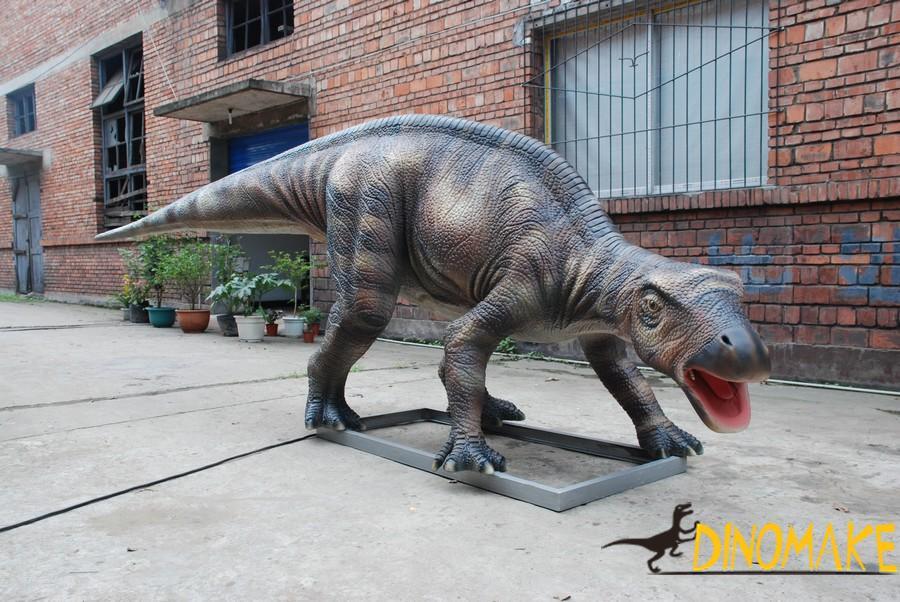 Electromechanical Animatronic dinosaurs