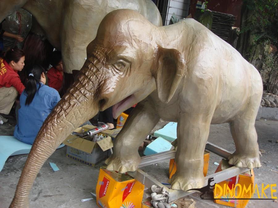 Jurassic Park Animatronic Elephant Product