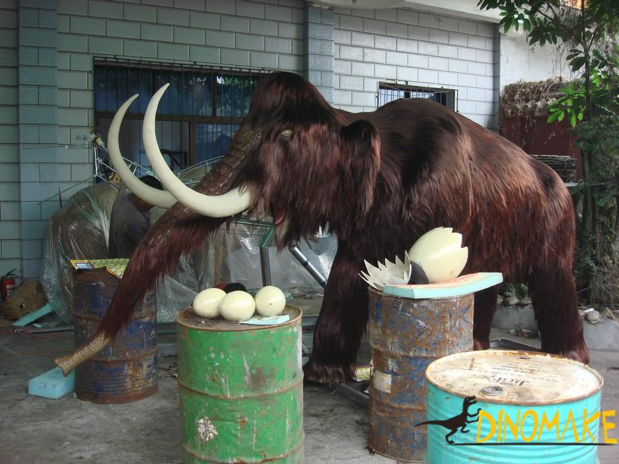 Jurassic Park Animatronic Elephant