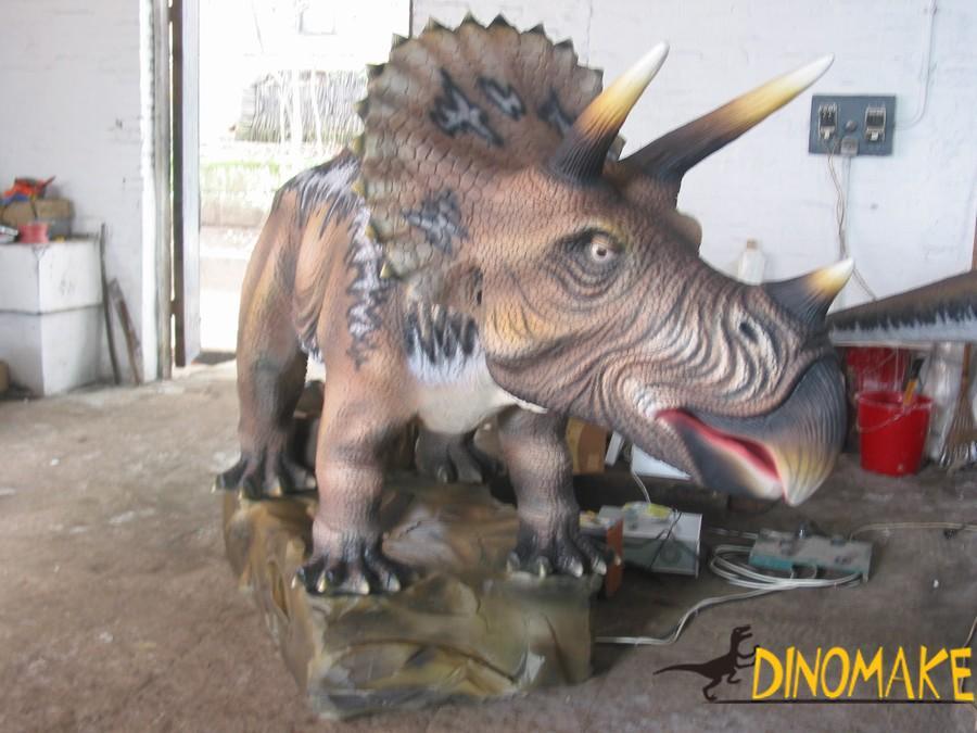 Outdoor theme park Animatronic dinosaurs