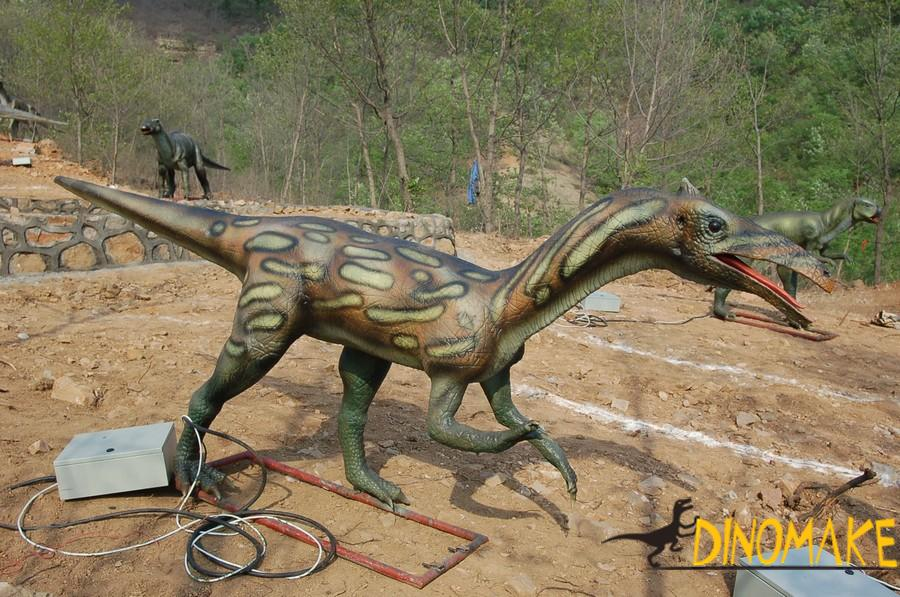 Production process of life-size animatronic dinosaurs model