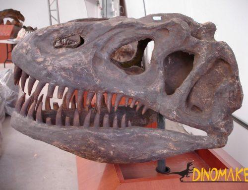 Animatronic dinosaur T-Rex skeleton