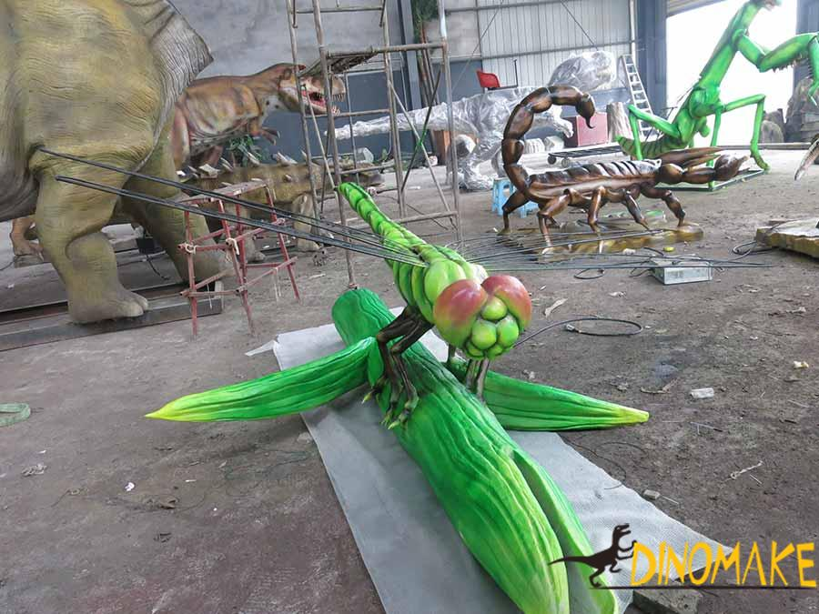 animatronic dragonfly