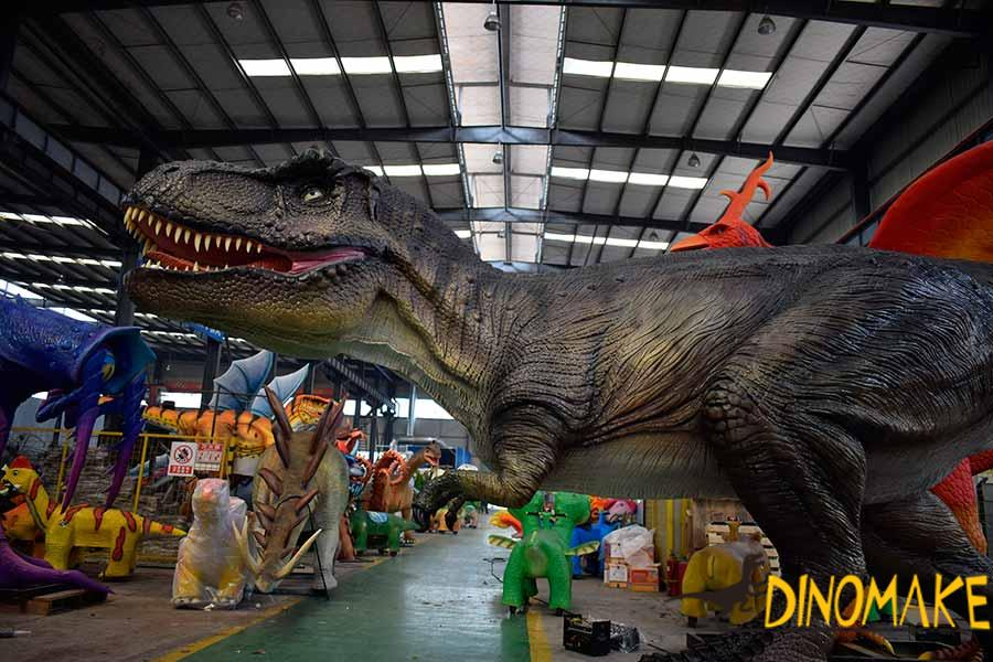 animatronic t-re x dinosaur