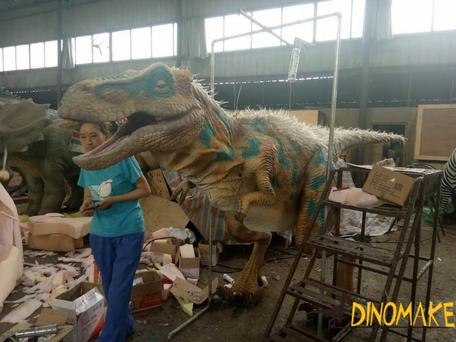 walking Animatronic dinosaur costume ordered in the UK