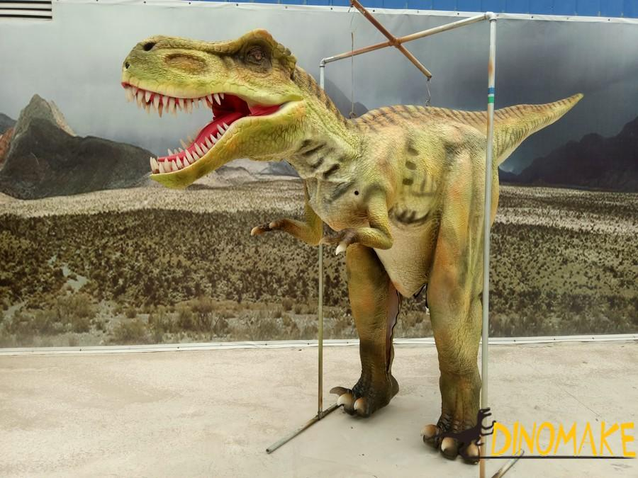 About Walking Real Animatronic Dinosaur Custome